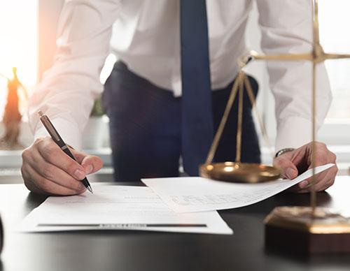 Photo Pole Prévenir les conflits d'intérêts dans les sociétés commerciales: la procédure des conventions réglementées